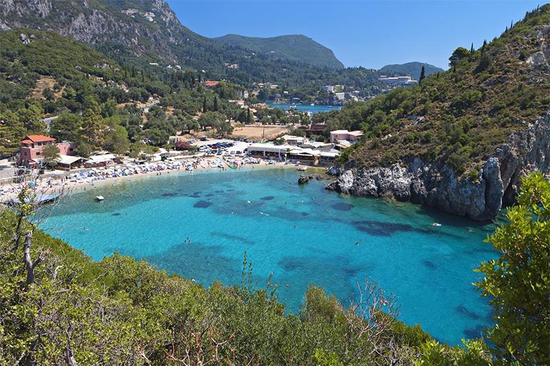 Eine Traumbucht mit Traumstrand in Korfu