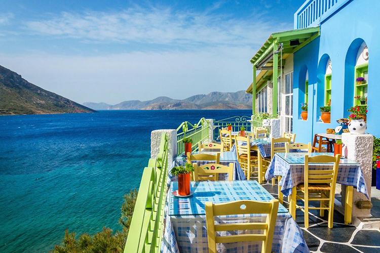 Typisches Griechisches Restaurant mit tollem Ausblick