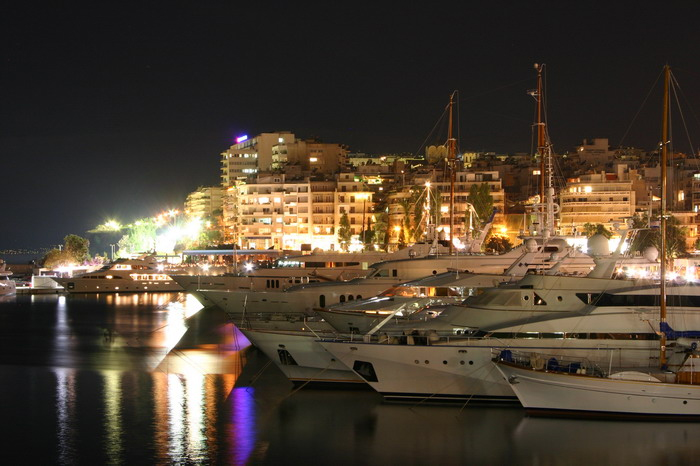 Yachthafen Marina Piräus Nachts